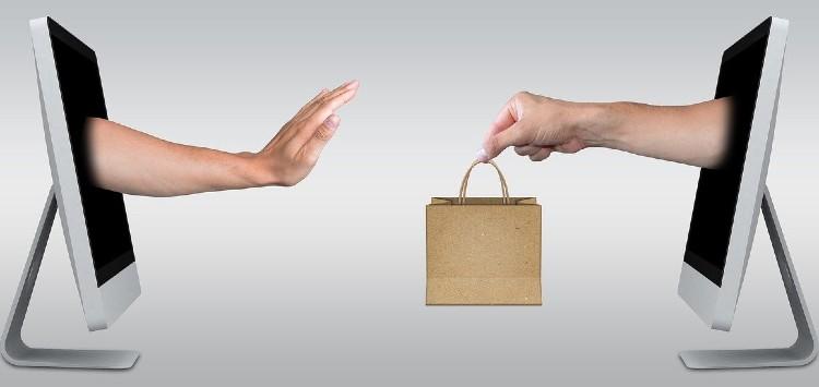 Flipkart and Amazon blocking accounts on return